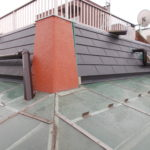 大型集合住宅にも金属屋根
