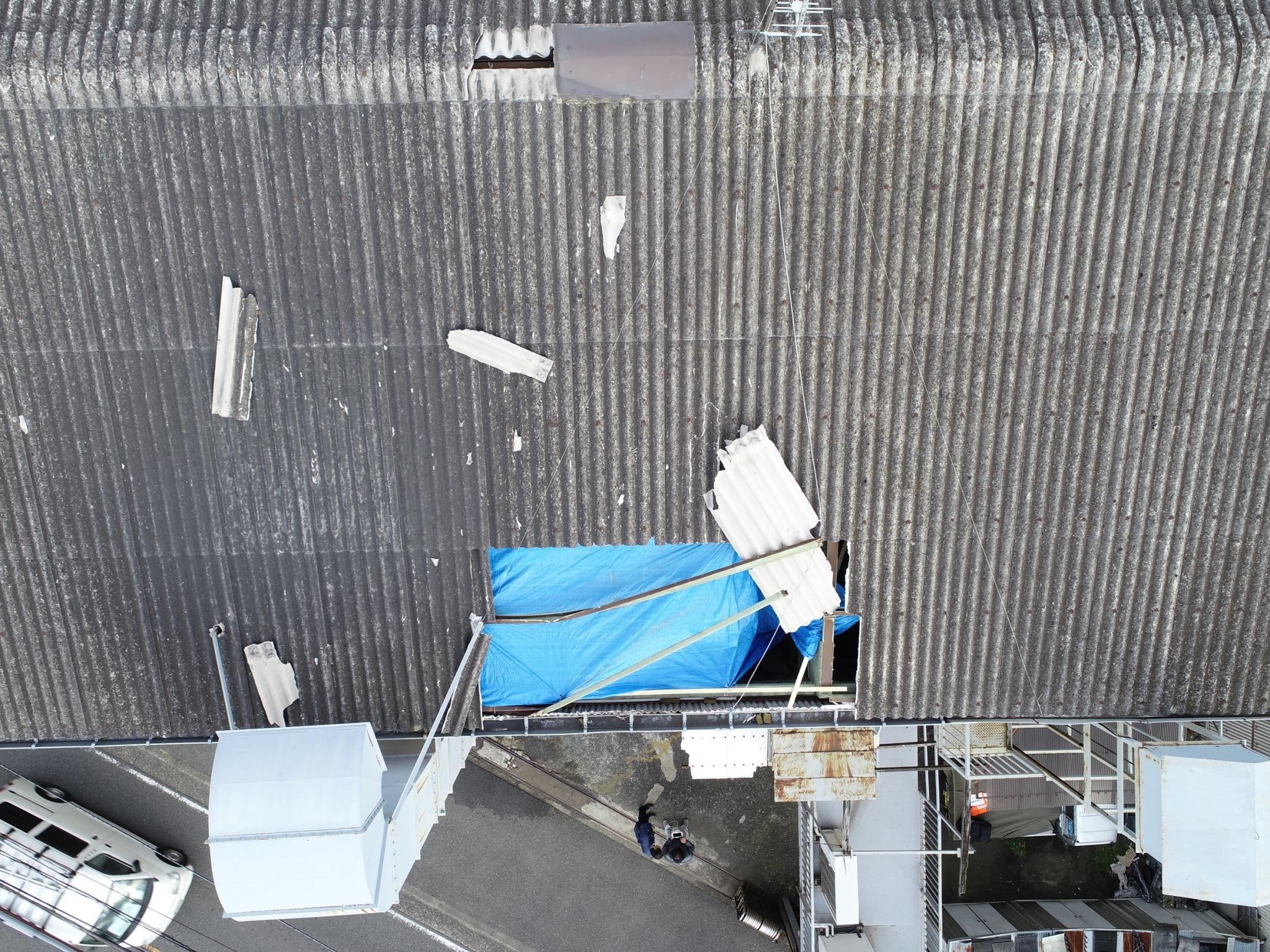 スレート屋根の現場調査