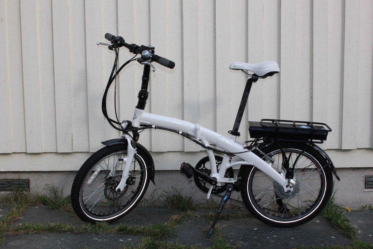 【折りたたみで電動?】折りたたみ電動自転車の特徴とおすすめ3選!